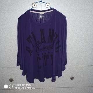 紫色蝙蝠袖上衣