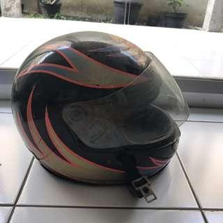 Helm Top 1 One