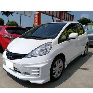 2014年FIT 1.5粉專:魯邦車業,想買車皆可幫忙全額貸+增額貸第三方配合認證
