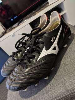 Mizuno Morelia Neo 2 k-leather mixed studs UK9