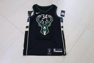🏀現貨一件🏀NBA Nike Milwaukee Bucks Giannis Antetokounmpo Statement Jersey 公鹿字母哥球衣