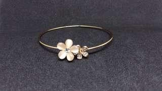 Adjustable Flower Gold Bracelet