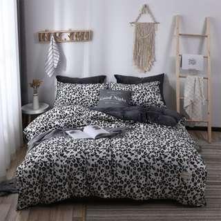 【預購】黑紋:雙版(棉質+水晶絨)*床單/床包組(規格:單人/標準/加大)_免運。