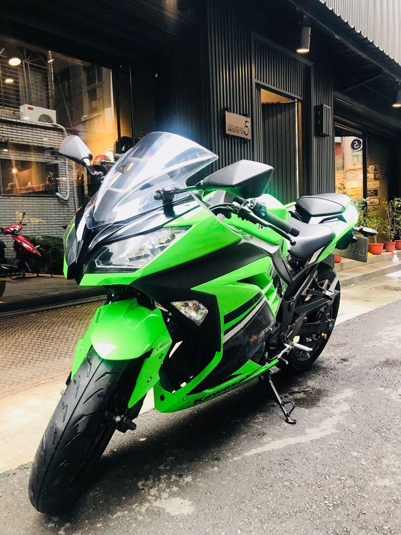 2014年 Kawasaki Ninja 忍者 300 忍3 ABS 只跑一萬多公里 滿18可分期 免頭款 歡迎車換車 另有大學生分期專案 黃牌 仿賽 網路評價最優質服務