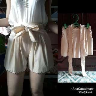 Cream/nude front bow tie trendy short