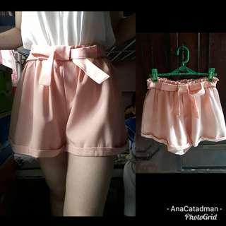 Pink front bow trendy short