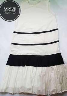 A.kskylan bottom frill dress