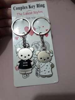 🚚 Hello Kitty Couple Keychain