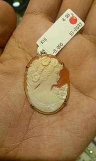 Vintage cameo pendant