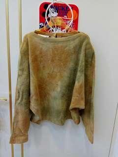 ~9成新~漂亮毛料黃棕綠色漸層(蝴蝶袖)上衣便宜出清