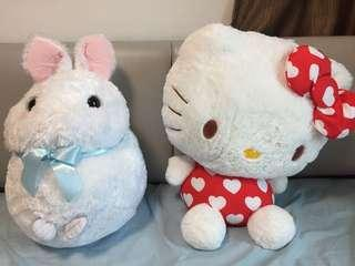 LARGE HELLO KITTY SOFT TOY - MUST SELL BY 21 OCT.