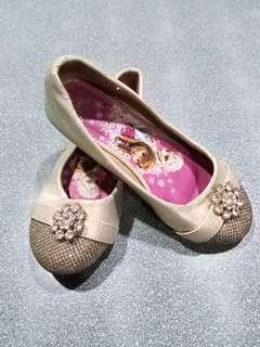 Preloved Disney frozen shoes