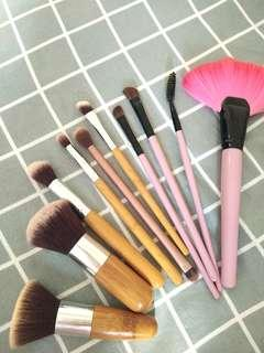 Makeup Brush set (+postage)