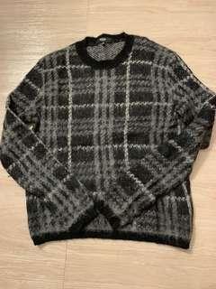 Versus Knitwear