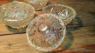 🚚 雕花玻璃糖果盒—古物舊貨、早期玻璃容器製品收藏