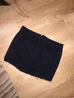 Maxim black denim mini skirt size 14 Large stretch