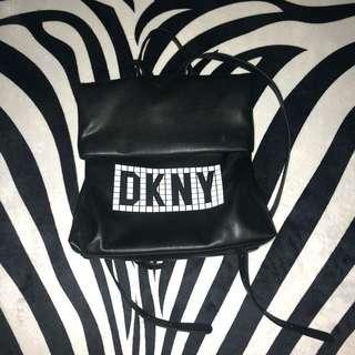 Tilly tile backpack