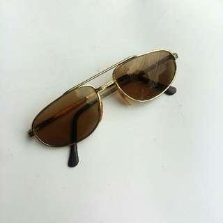 Kacamata Vintage Frame M'robito