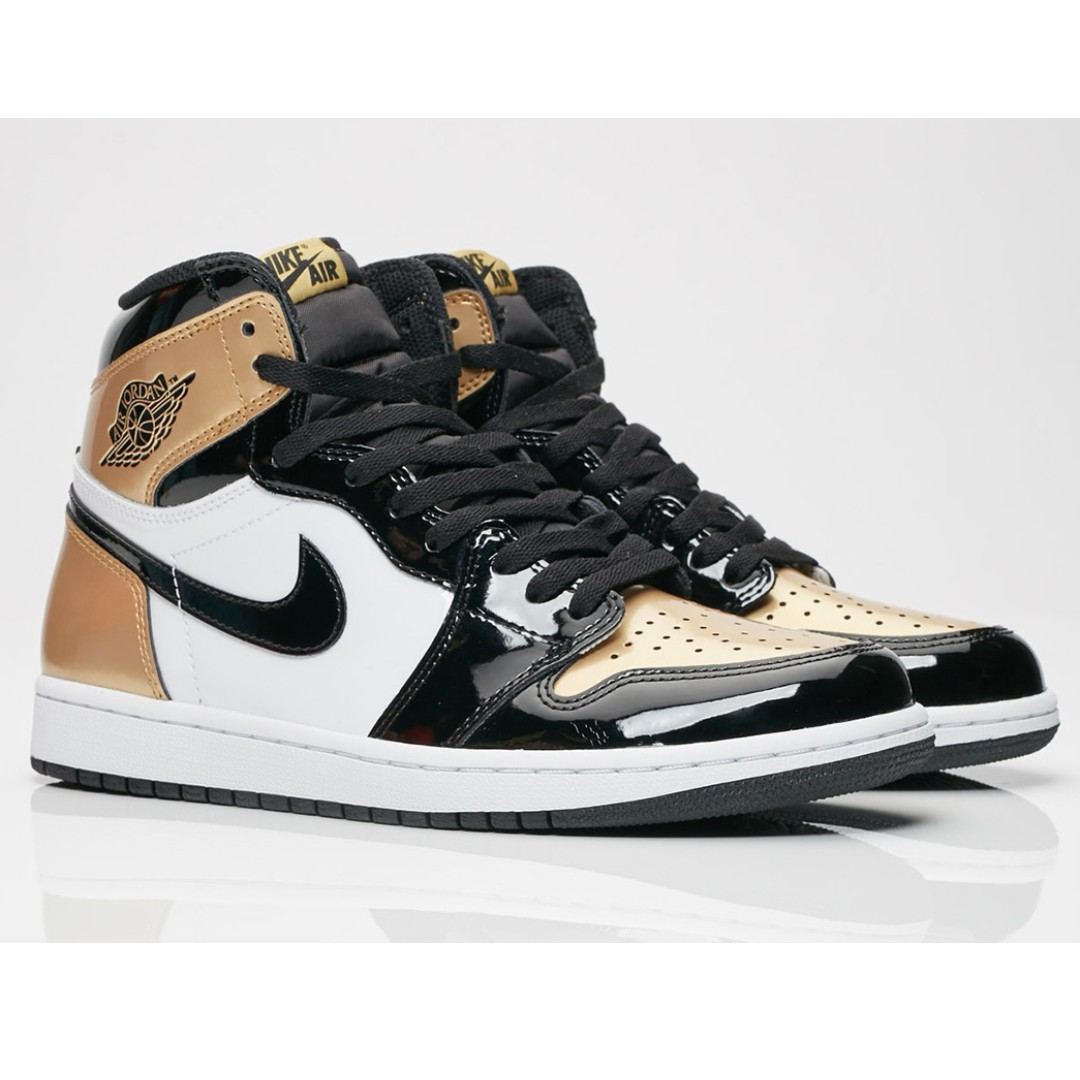 70735dd64048 Air Jordan 1 Retro High OG NRG Gold Toe