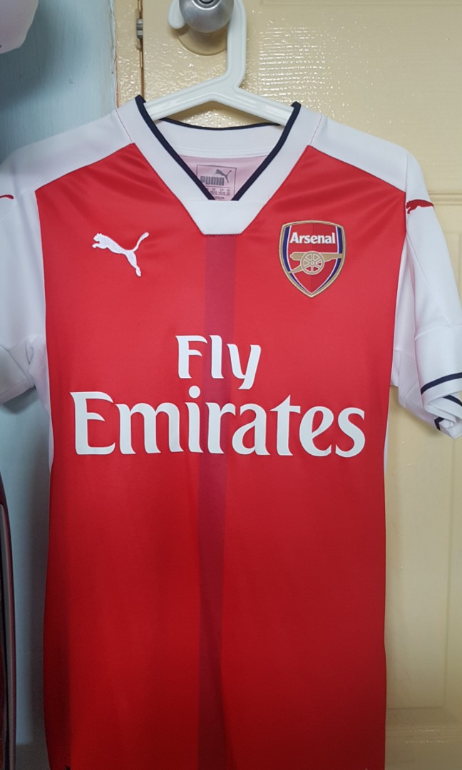 6d20143b Authentic Arsenal home kit 2016/17, Sports, Sports Apparel on Carousell