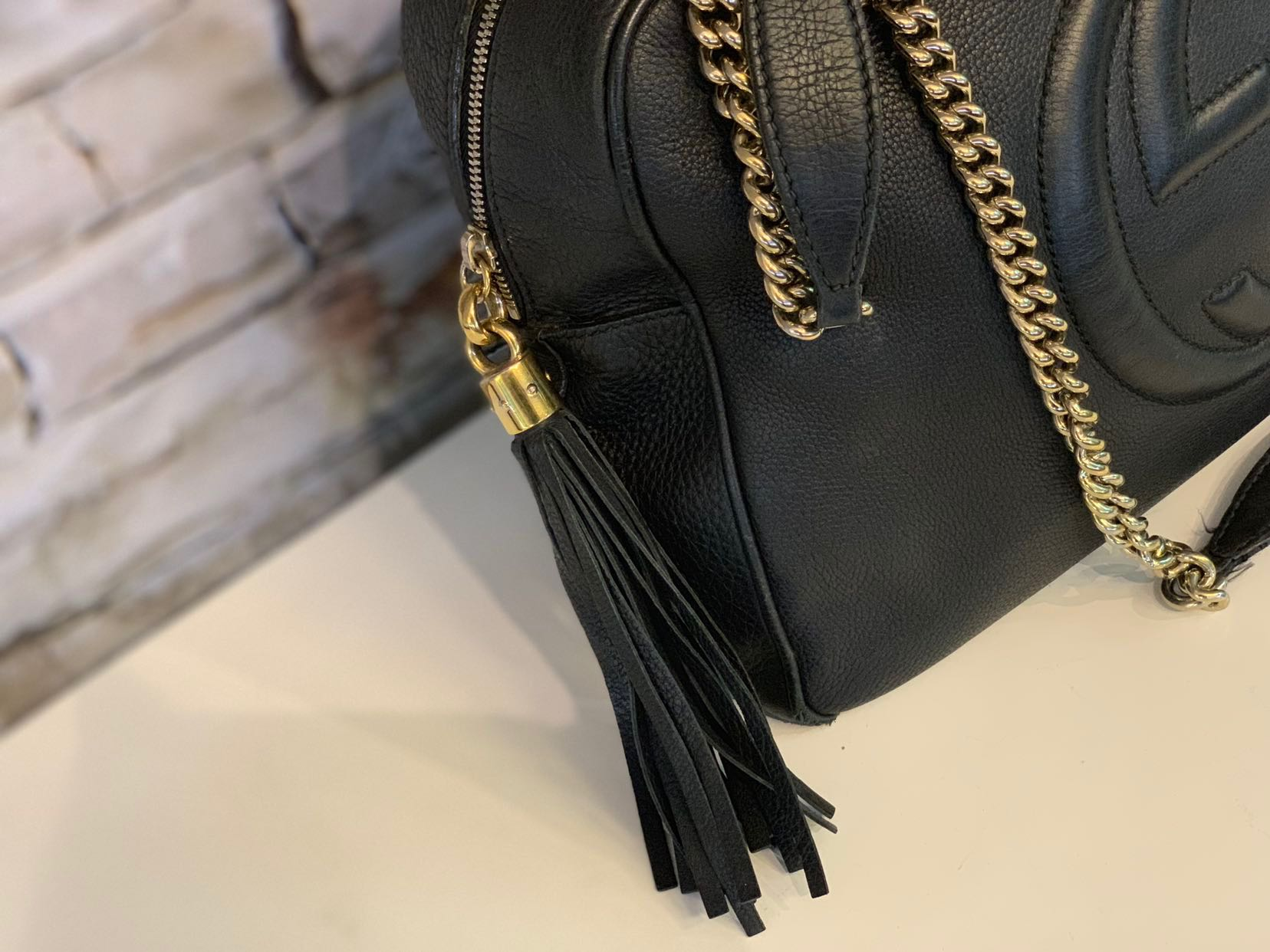 b9f19d6ae52f GUCCI SOHO Leather Medium Chain Bag in Gold Hardware, Luxury, Apparel on  Carousell