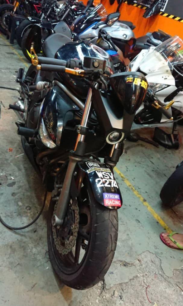 Kawasaki Er6n custom Ducati tail z800 belly pan custom headlamp