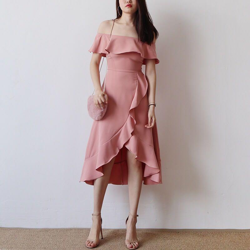 3821909bd17 korean ulzzang style off shoulder ruffle dress