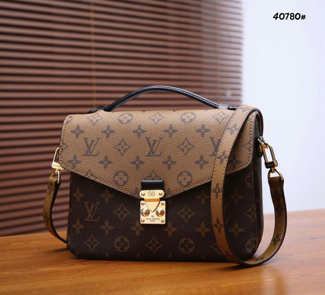 LV Louis Vuitton Pochette Metis Bag 40780  Bahan pvc waterproff Di kombi  dengan kulit Dalaman suede tebal (model 3 ruang) Kwalitas High Premium AAA  Tas uk ... c90262fc3f3c1