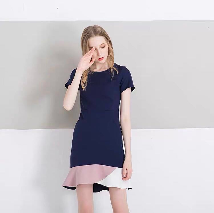 2dcee9aa6028 MDS Color-Block Mermaid Dress in Navy, Women's Fashion, Clothes ...