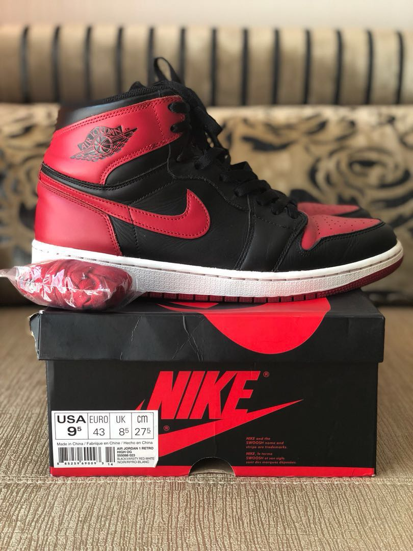 buy online 9a912 21de6 Nike x Jordan 1 Retro Bred 2013 Us9.5, Men s Fashion, Footwear, Sneakers on  Carousell