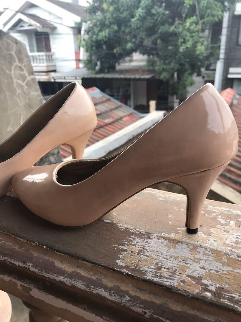 Pump shoes nude