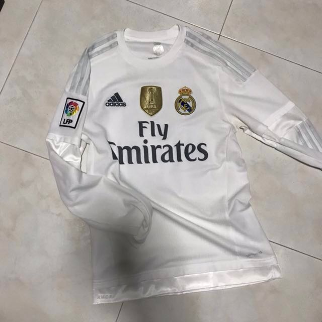 b53ec3d8f Real Madrid 15 16 home kit with James nameset and CWC badge