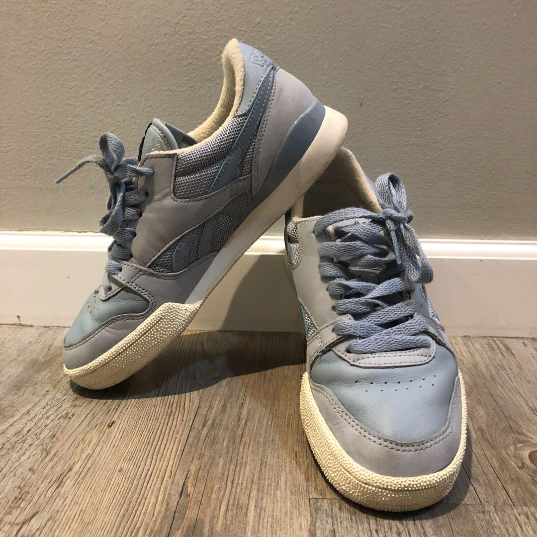 909421a278 Reebok Sneakers Wmns