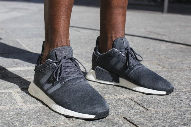 "9f7a52505908e US 10.5 SneakersNStuff x adidas NMD R2 ""Grey Melange"""