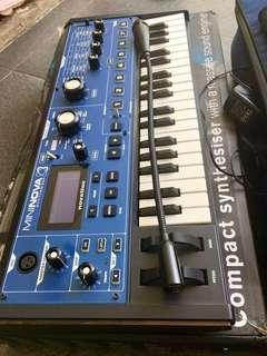 Keyboard synthesizer novation mininova not korg roland alesis moog akai virus delay