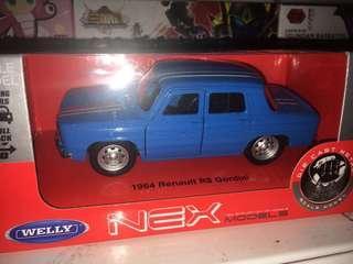1:32 Renault R8 1964