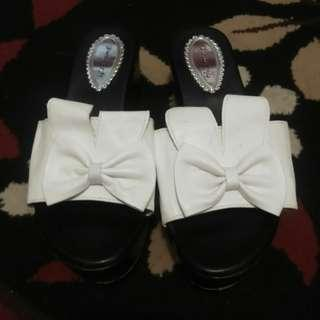 Wedges 5cm black and white
