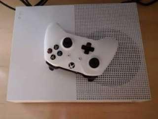 Xbox one S 500GB TipTop