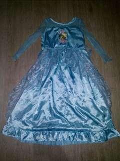 Elsa 5-6 yrs old