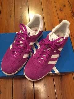 Adidas Gazelle Purple Fit Womens Size 7 or 37