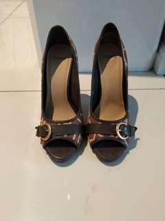 Novo Ladies Heels