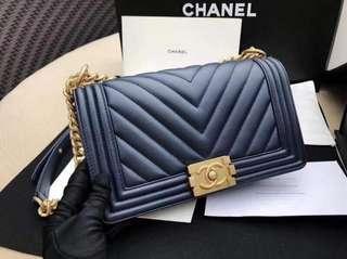 Chanel Medium Chevron Le Boy, GHW