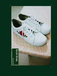 Prelovef white shoes