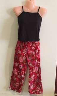 Floral 3 quarter pants