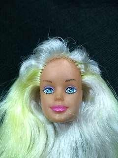 BARBIE'S Head