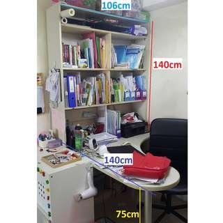 免費大書桌連書櫃 Free Big-size Table with bookcase