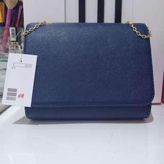 H&m sling bag (harga nett)