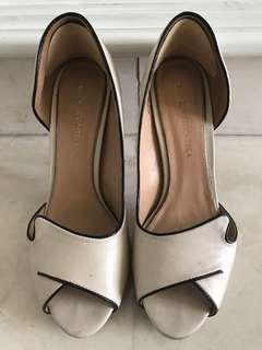 Preloved Badgley & Mischka high heels original