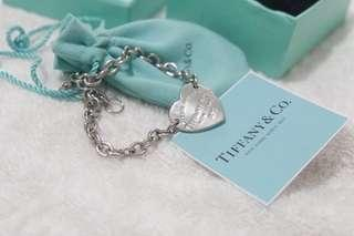 Tiffany and co necklace (hypoallergenic)