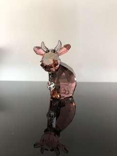 2012 Swarovski Crystal Lovlots Figurine Mo heart pink Cow 1089201 in Box